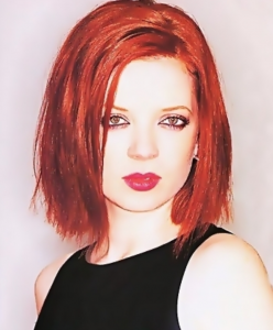 Shirley Manson when she was very young.
