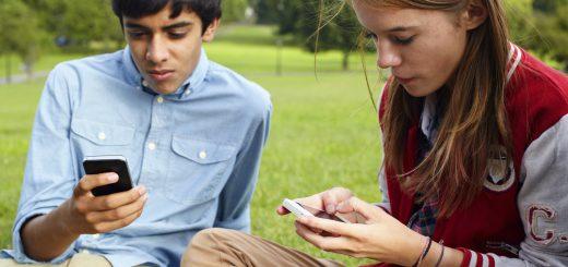 teen-socialmedia